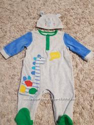 Велюровый человечек Mothercare с шапулей, разм. 3-6 месяцев 8к