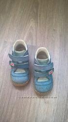 Продам бу ботинки фирмы Bebetom, размер 20