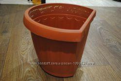 Продам горшок для цветка коричневый пластик на стенку вешать