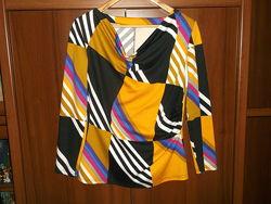 Блуза кофта женская трикотажная , р. 48-50, хорошее состояние