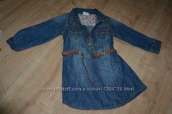 Фирменное платье от Некст, джинсовое с поясом, для девочки 3-х лет