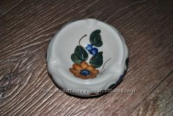 Пепельница новая керамическая белая с цветком