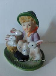 Статуэтка Германия  Мальчик с зайцами.