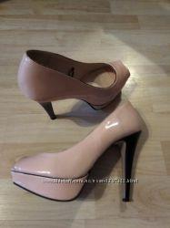 Нюдові туфлі 24, 5 см зручні