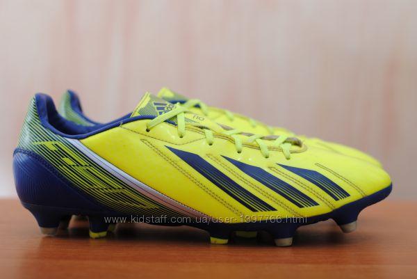 Футбольные бутсы с пластиковыми шипами Adidas F50. 44 - 45 размер. Оригинал