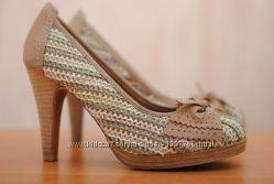 Женские летние туфли на каблуке Tamaris. 39 размер. Оригинал