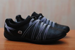 Черные кожаные кроссовки Clarks, кларкс. 38 размер. Оригинал