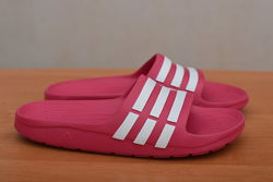 Малиновые летние шлепанцы, сланцы Adidas Duramo Slide, 35-36 размер