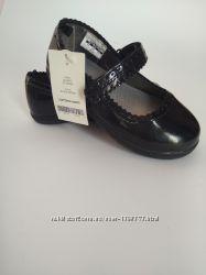 Туфлі Carters , лаковані розмір 11, устілка 18 см