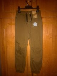 Демісезонні джинси-джоггери F&F на 9-10 років.