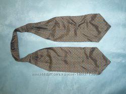 Стильный галстук аскот