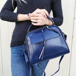 Кожаная сумка синяя на длинной ручке, модная модель
