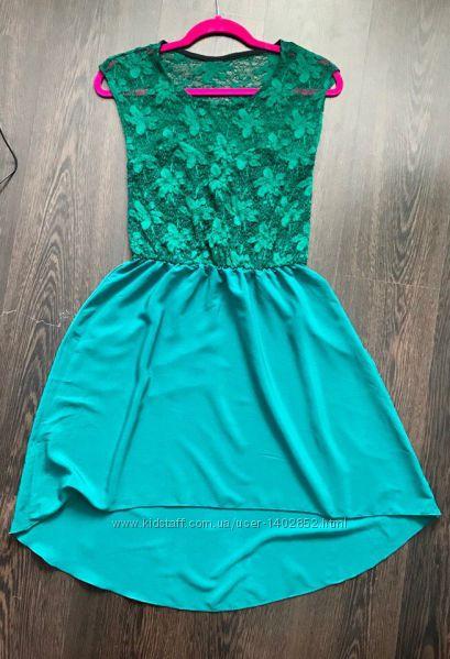 Платье фирменное. Размер 44-46  Новое .