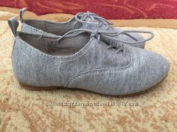 Туфлі-макасіни GAP для дівчинки на шнуровкі, нові, оригінал, устілка кожа