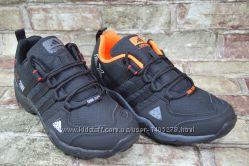 Женские подростковые кроссовки Adidas Адидас с Gore-Tex в 2-х цветах