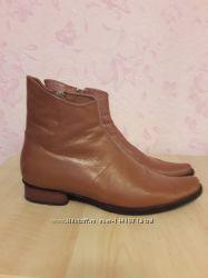 Ботинки кожаные  демисезонные р. 41