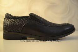 Классические школьные туфли