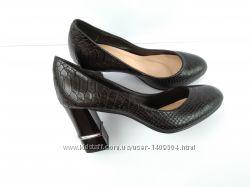 Туфли женские рептилия, питон на каблуке 35р-23 см