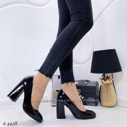 Черные лаковые туфли на каблуке 37-41р