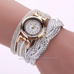 Женские часы со стразами на длинном ремешке 6 цветов