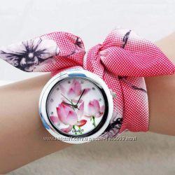 Женские часы SUMMER с тканевым ремешком