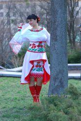 Костюм весільний в украінському стилі.