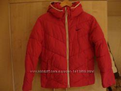 Куртка спортивная Nike.