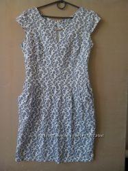 Платье с кармашками цена снижена