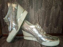 кроссовки  для девочки 37 размер