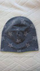 Двухслойная трикотажная шапка на объем головы 46 см.