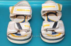 Сандалии сандали босоножки Primigi