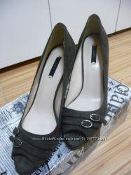 Роскошные брендовые туфли ZARA.