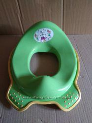 Адаптер , накладка детская , сиденье на унитаз