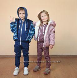 Детская демисезонная куртка на флисовой подкладке