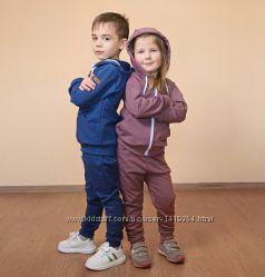 Трикотажный спортивный костюм для девочки из двунитки