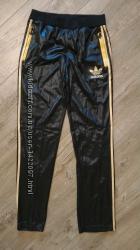 Новые женские утепленные штаны. adidaschile 62 оригинал