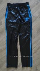 Новые женские утепленные штаны. adidas. chile 62 оригинал. м