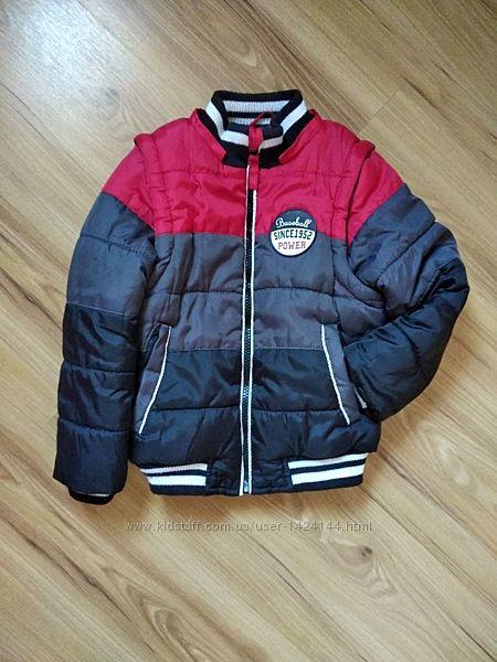 Бомбезная курточка 2 в 1 куртка - жилеткаот Cool Club, рост указан 104 см
