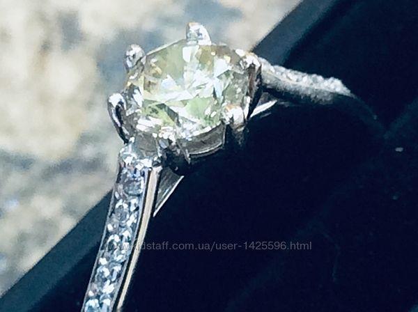 Золотое кольцо с бриллиантом 0. 60 карата