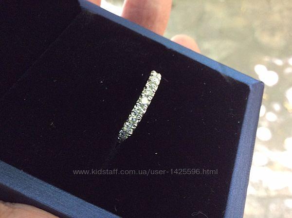 Золотое кольцо с бриллиантами 1 карат