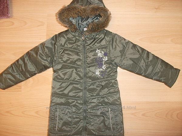 пальто- куртка на 5-6 лет рост 122 см