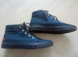 Демисезонные ботинки Reserved р-р 39 б/у