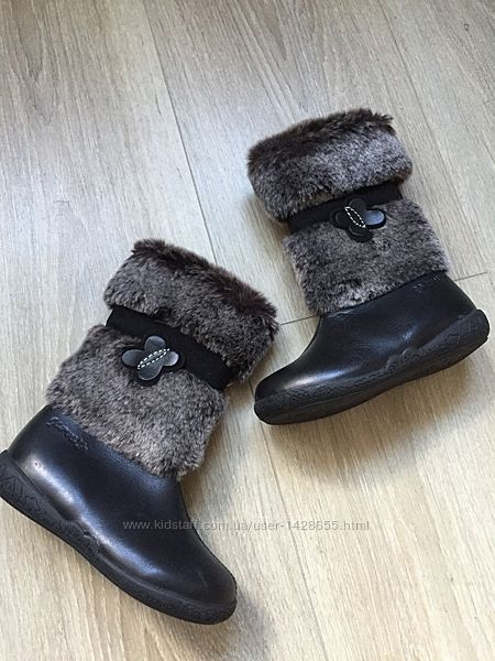 Тёплые зимние детские сапоги кожаные на меху Garvalin 24 р новые на девочку