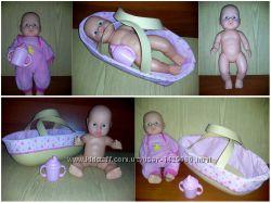 Игрушки Кукла милый пупс в одежде с бутылочкой и переноской Симба Simba