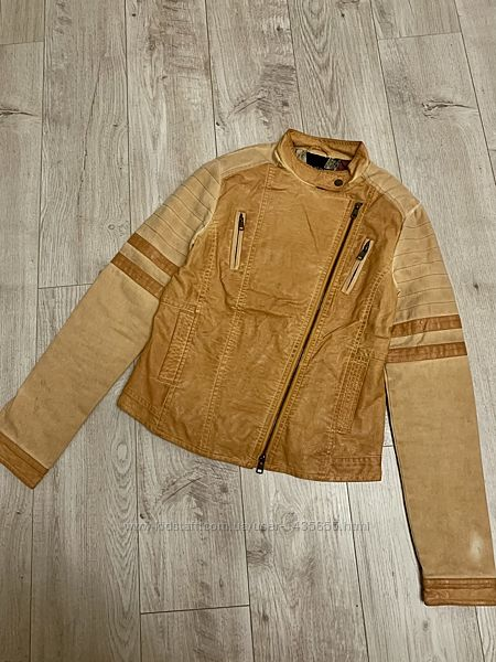 Стильная кожаная куртка косуха размер S/M