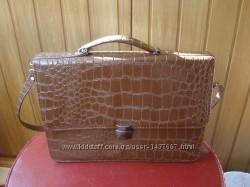 Портфель -- сумка