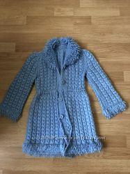 Вязаное тёплое пальтишко на рост 116-122 в идеале