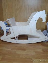 Детская качалка-лошадка 3 в 1, стульчик для кормления, столик, парта