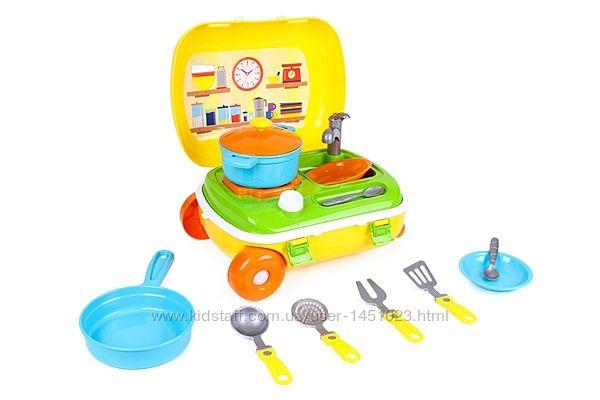 Детская кухня в чемодане