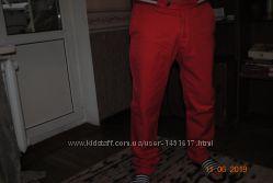 фирменные чиносы летний вариант красные и черные